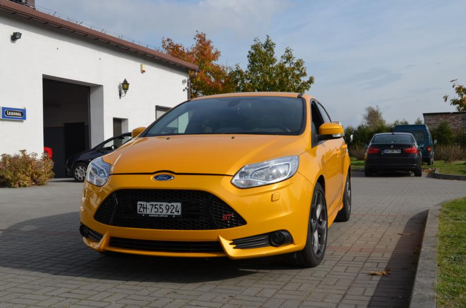 Ford Focus ST 2